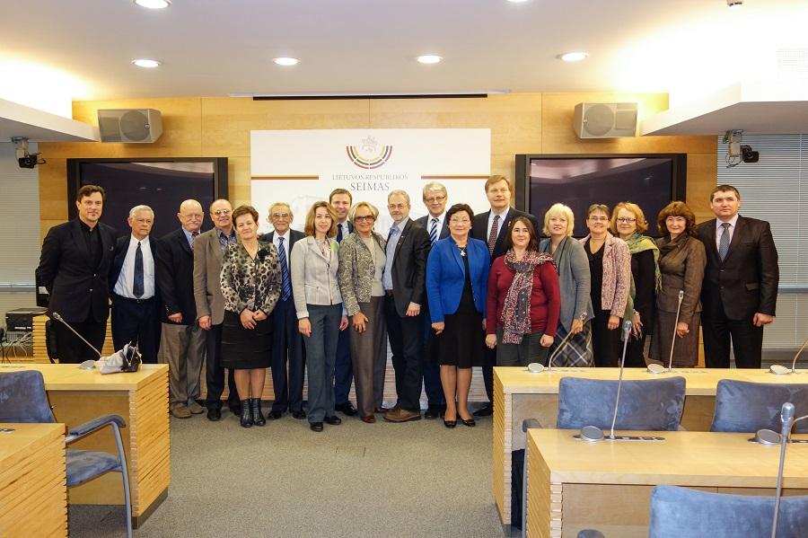 LR Seimo ir PLB komisija. 2014. Dalios Shilas nuotrauka.