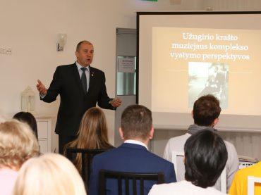 Ukmergės rajono savivaldybės mero padėka Pasaulio Lietuvių Bendruomenei