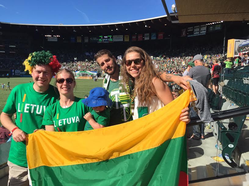 Pirmąjį Vyto Andriuškevičiaus įvartį MLS pirmenybėse ir apskritai profesionaliose varžybose stebėjo ir Portlando apylinkės lietuviai