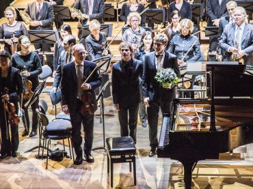 Du lietuvių atlikėjai vienoje užsienio scenoje: muzikavimą lydi jaukumas ir artumas