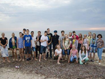 """Vaikų kūrybinės stovyklos """"Palikimas-4"""" dalyviai savo darbais paminėjo Maironio 155-ąsias gimimo metines"""