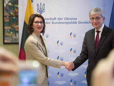 Pasaulio Lietuvių Bendruomenė Berlyne pasirašė tarpusavio supratimo memorandumą su Ukrainiečių pasauliniu kongresu