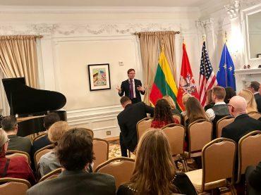 Lietuvos ambasadoriaus vardo fondas ateities lyderiams augins naujos kartos durbinus ir shimkus