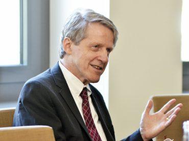 Užsienio reikalų ministras susitiko su lietuvių kilmės Nobelio premijos laureatu R. Shilleriu