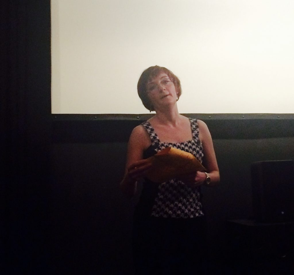 Filmą pristatė dr. Helen Bassil-Morozow