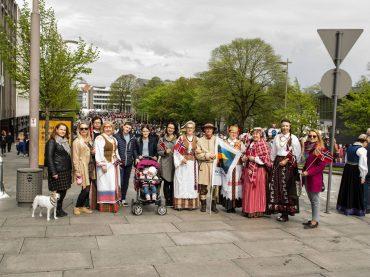 Lietuviai sveikino norvegus jų nacionalinės dienos proga