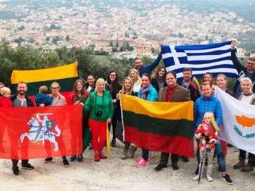 Kreta – Lietuva: niekas kitas taip nesuartina valstybių kaip žmogiškieji tiltai
