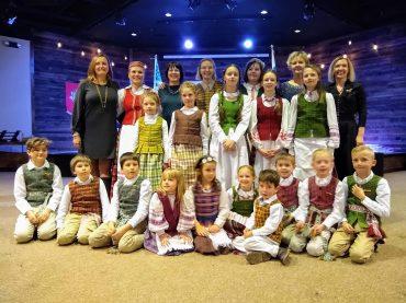 Kolorado lituanistinė mokykla Lietuvos Nepriklausomybės minėjime