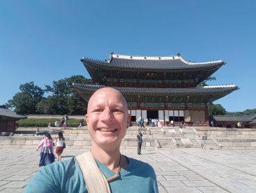 Korėjos lietuvių bendruomenės pirmininkas Martynas Šiaučiūnas-Kačinskas – apie gyvenimą Azijoje ir lietuviškos kultūros prieskonius